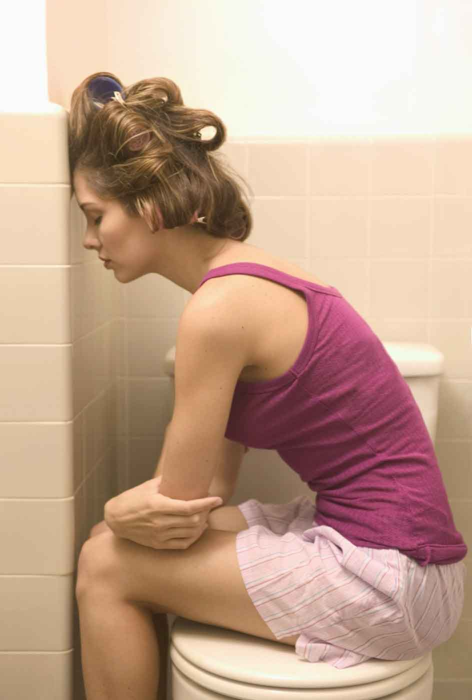 Фото женщин понос и у мужчины в одном туалете дома 6 фотография