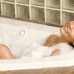 Как снять стресс женщине в домашних условиях?